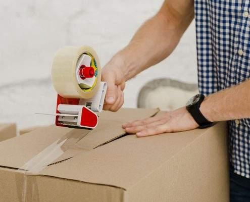 Quais os materiais utilizados para transportar objetos em segurança?